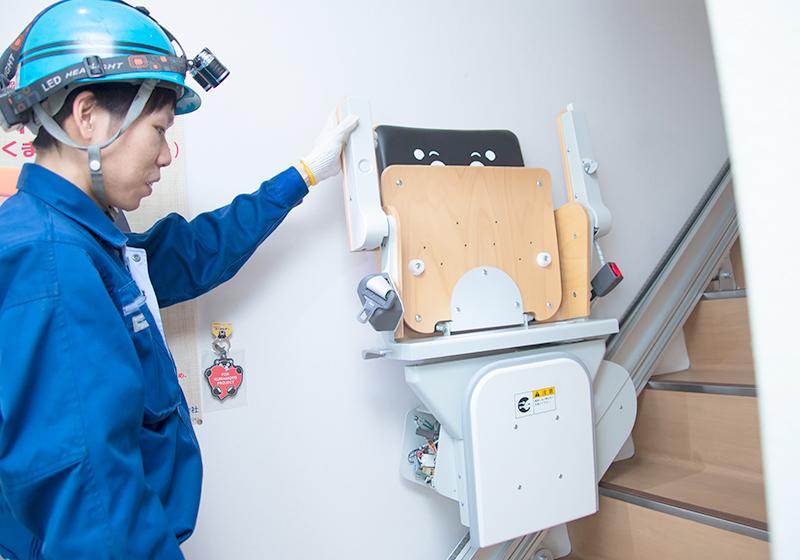 小型エレベーターやバリアフリー用の昇降機のメンテナンスや修理